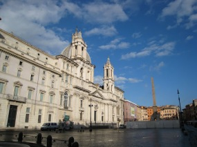 Early Morning on the Piazza Navona
